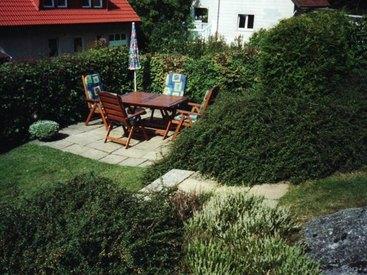 Traumhaft sitzen im Garten ...
