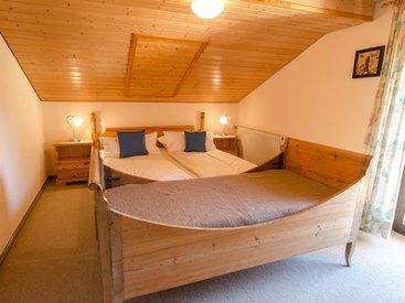 rustikaleres Doppelzimmer mit Zusatzbett