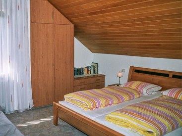 Wohnung 1. Stock Süd Schlafzimmer