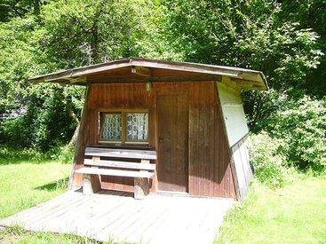 Kleine Hütte von außen