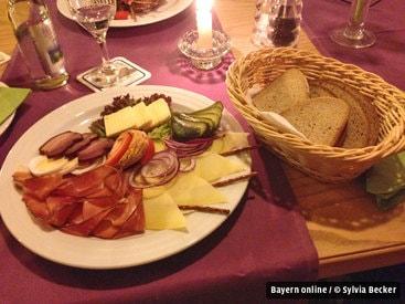 Brotzeitteller im Restaurant Fiskina Fischen im Allgäu