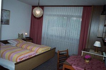 Zweites Schlafzimmer im Erdgeschoss