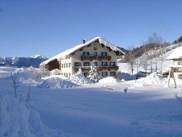 Der Aschenauer Hof in Ruhpolding im Winter
