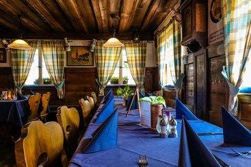 Die gemütliche Gaststube des Restaurants Lutzgarten in Nürnberg