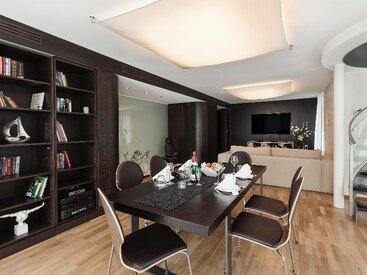 Prinzessin Elisabeth Pentouse Suite Lounge & Dining