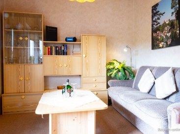 Willkommen in unserer Ferienwohnung in Gößweinstein - Wohnzimmer