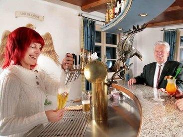 Unsere Bar Adlerhorst  - klein aber fein!