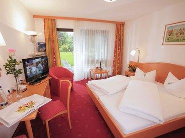 """Landhotel Gabriele in Unterwössen - Doppelzimmer """"Rechenberg"""""""
