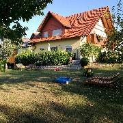 Logo Bauernhof-Ferienwohnung Gold