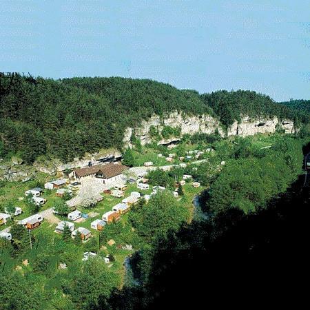 Gasthof & Campingplatz Bärenschlucht mit Ferienwohnungen & Blockhütte