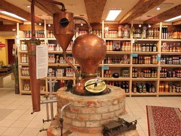 Alte Kupfer-Schnaps-Destille