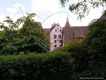 Kommen Sie ins grüne, in unsere Ferienwohnung in der Fränkischen Schweiz