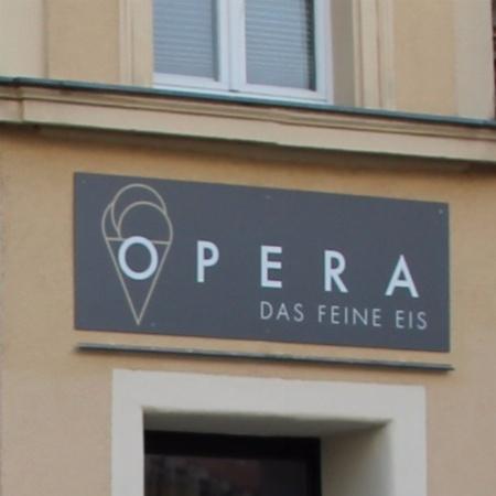 Eiscafé Opera
