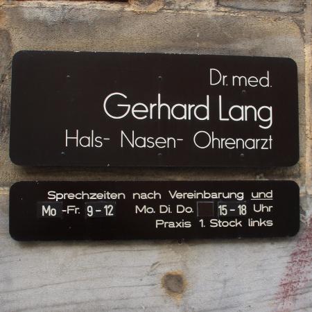 Hals-Nasen-Ohren-Arzt Dr. Lang