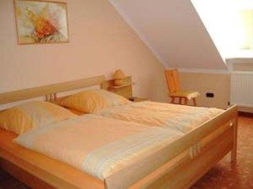 Modernes Schlafzimmer Ferienwohnung I