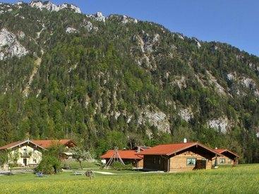 Alpenchalets mit Rauschberg