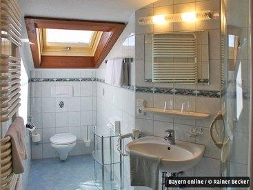 Beispiel für ein Bad in einem Familienzimmer