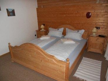 Ferienwohnung Lederer in Siegsdorf Schlafzimmer