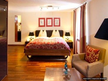 Komfort-Zimmer - teilweise mit Balkon und Blick auf den angrenzenden, denkmalgeschützen Park