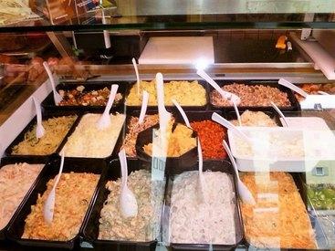 Sie erhalten leckere und frische Salate direkt in der Metzgerei Popp.