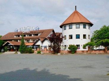 Willkommen im Gasthof Opel in Himmelkron nahe der A 9 Berlin München