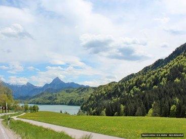 Ausflugsziele in der Nähe - hier der Weissensee