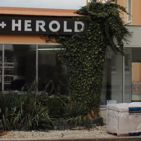 Grabpflege Wölfel & Herold