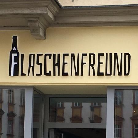 Luna's Flaschenfreund