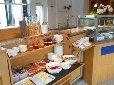 Für einen guten Start in den Tag sorgt unser Frühstücksbuffet