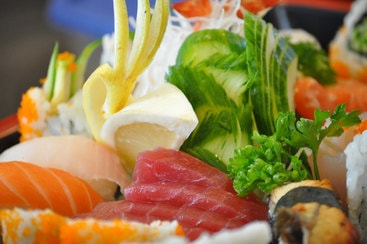 Sushi und Sashimi Mix