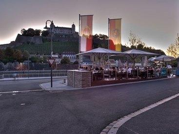 Hotel Restaurant Walfisch in Würzburg Panorama Terrasse