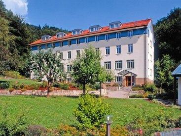 Außenansicht des Bildungshaus Obertrubach