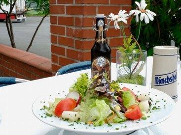 Bei uns essen Sie einfach gesund & lecker: Willkommen im Gasthof Opel in Himmelkron nahe der A 9 Berlin München