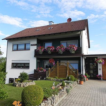 Gästehaus Zischow - Pension mit Ferienwohnung
