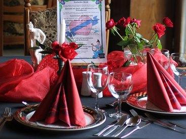 Candlelight-Dinner für Zwei beim Romantischen Wochenende