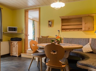 Küche in der Ferienwohnung 2 im Fritzerhof in Kleingesee bei Gößweinstein in der Fränkischen Schweiz