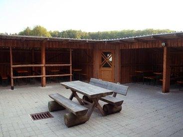 Campingplatz Betzenstein - buchbare überdachte Reit-/Grillstation