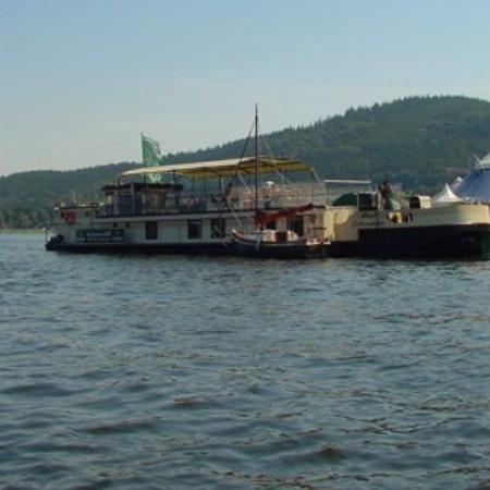 Die Saaletal-Kabinen-Schifffahrt