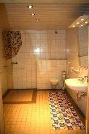 Das behindertengerechte Bad unserer Ferienwohnung