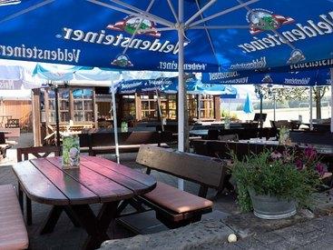 Draußen sitzen in Opels Sonnenhof