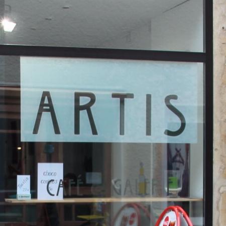 Artis Café & Galerie