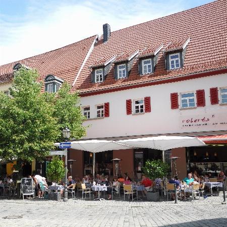 Cafe Roberts