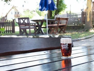 Genuß in Opels Sonnenhof - und ein gutes Bier gibt es auch.