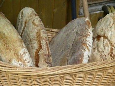 """selbstgebackenes Brot - duftet und schmeckt nach """"mehr"""" -"""
