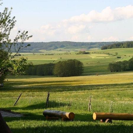 Gönnen Sie sich eine Woche Auszeit in eine unserer Ferienwohnungen am Sometzhof im schönen Ahorntal!