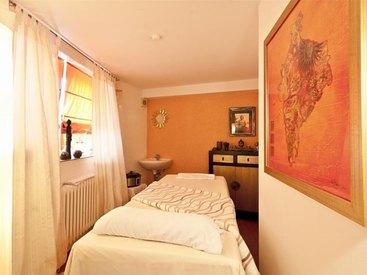 Wellness Behandlungsraum im  Hotel Goldner Stern in Muggendorf in der Fränkischen Schweiz