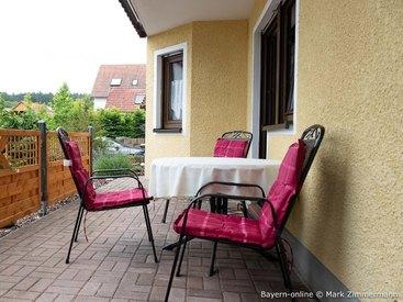 Unsere schöne Terasse in Ihrer Ferienwohnung in Waischenfeld