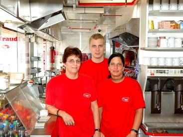 Das Team von Traudl's Imbiss Bamberg