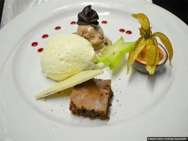 Zum krönenden Abschluss herrliche Dessert-Variationen, oder etwas hochprozentiges!
