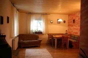 Das Wohnzimmer unserer Ferienwohnung